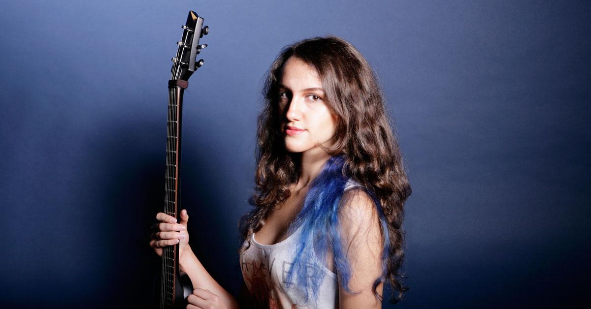 Neli Dimitrova Musician on Drooble